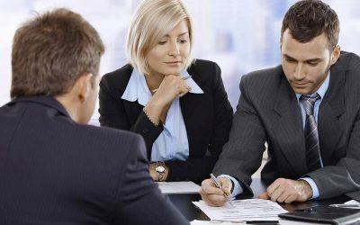Чи потрібна допомога юристів з питань банкрутства: відгуки позичальника